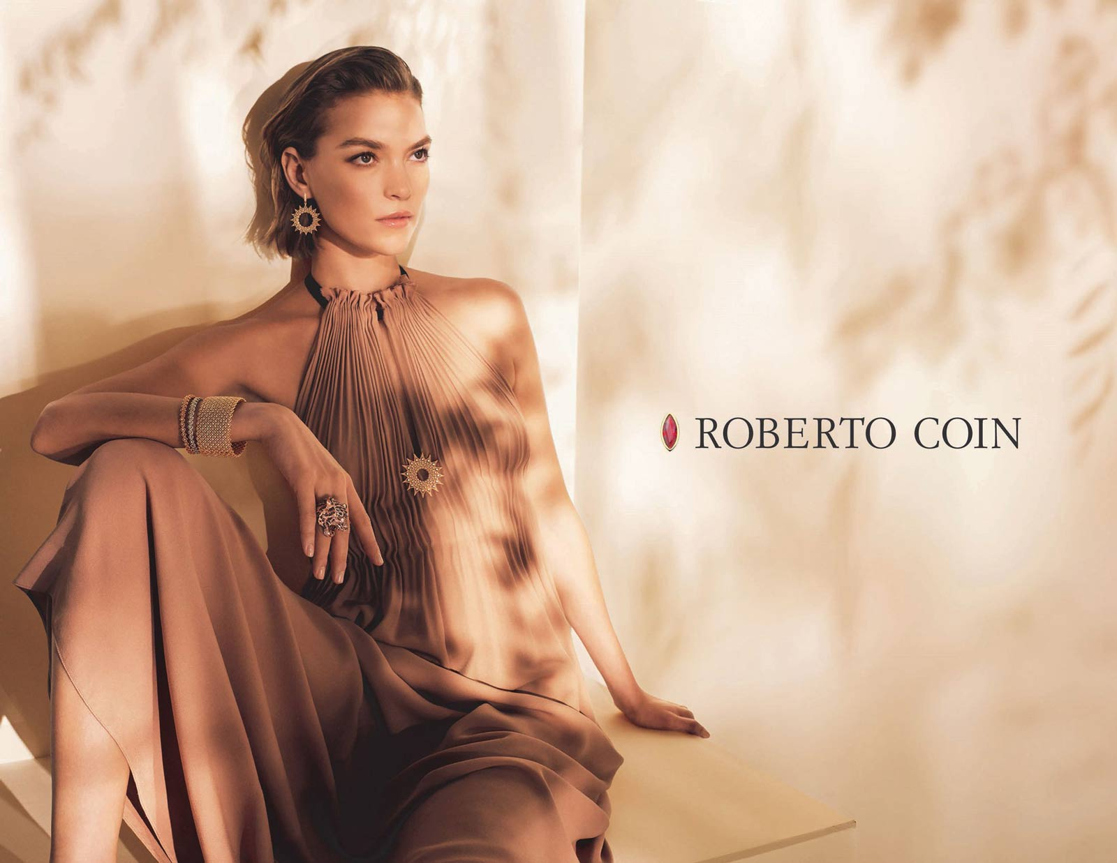 Roberto Coin 2018-2019 Campaigne with Arizona Muse