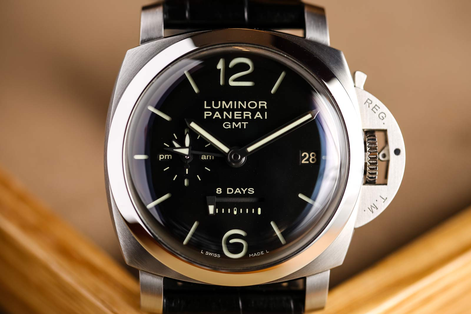 Panerai Luminor 1950 8 Days GMT 44mm - PAM00233