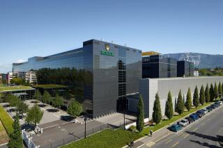 Rolex manufacture - Plan-les-Outes