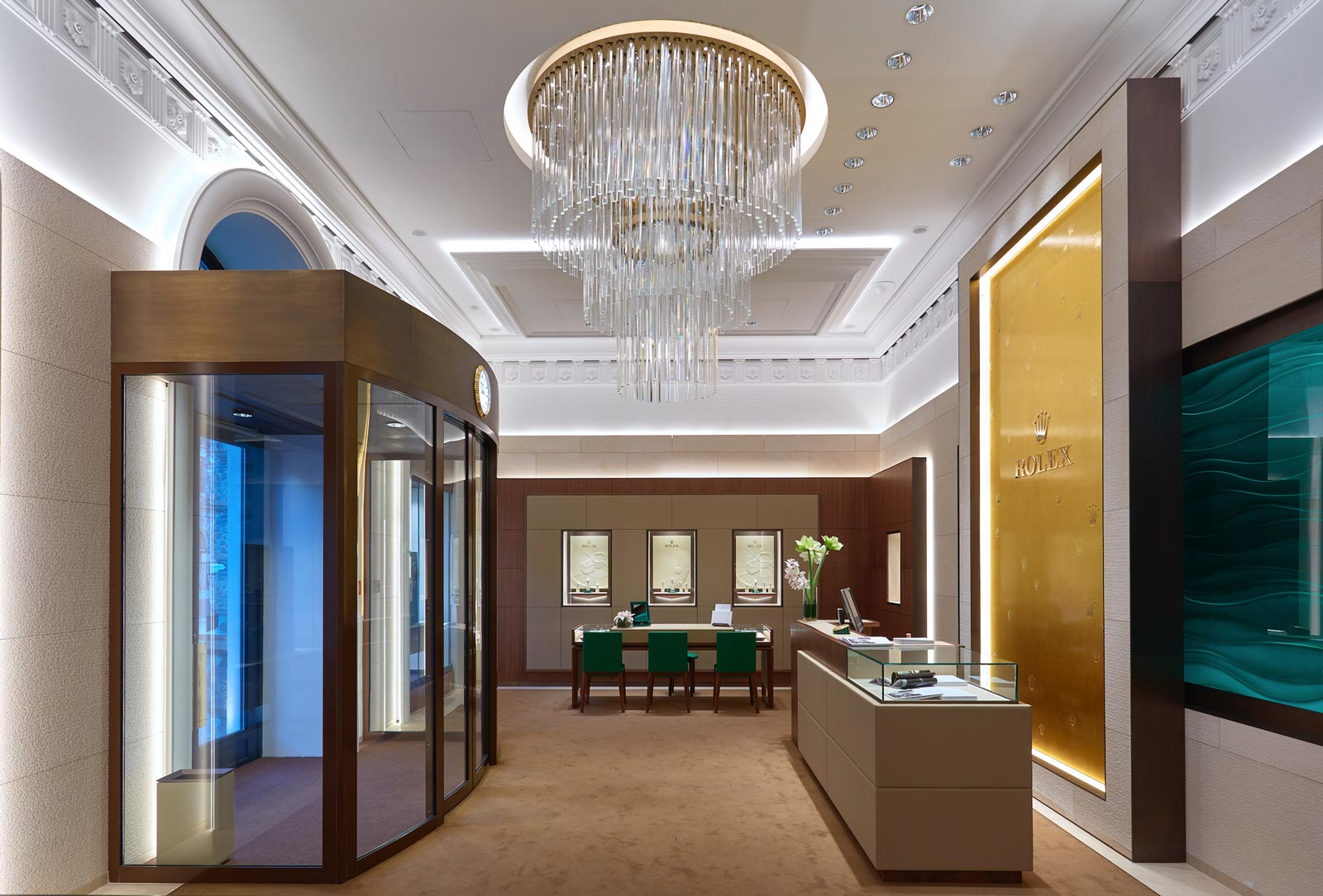 ROLEX BOUTIQUE BUDAPEST HOLIDAY WORKING HOURS