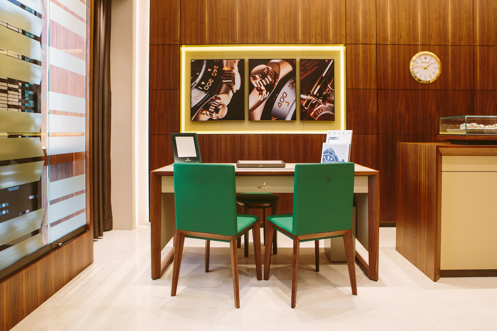 ROLEX BOUTIQUE PORTO MONTENEGRO<br>  AT YOUR DISPOSAL THIS FALL