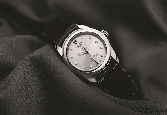 Tango Seduction: Tudor Glamour Date 26mm