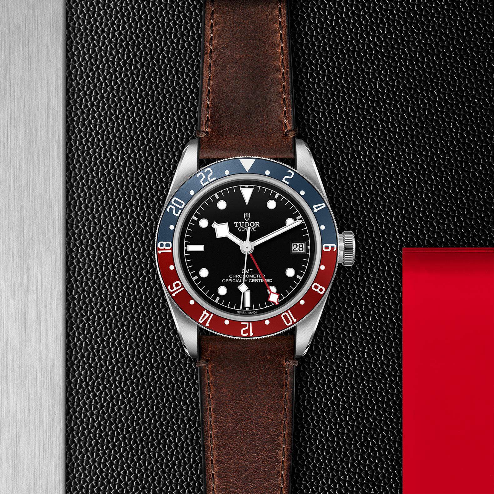 "Black Dial ""Terra di Siena"" brown leather strap"